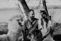 Sesja zaręczynowa z alpakami